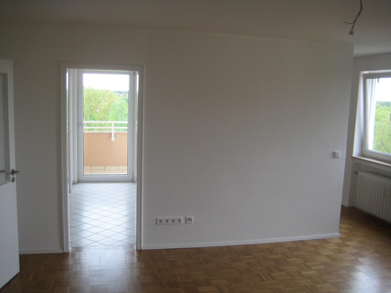 91052 erlangen wohnungsinstandsetzung spachtel maler und lackiererarbeiten vip building gmbh. Black Bedroom Furniture Sets. Home Design Ideas